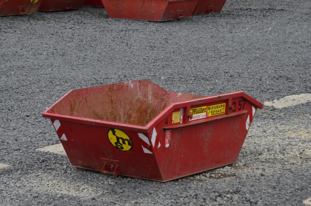 4 cbm Container aus der Vogelperspektive
